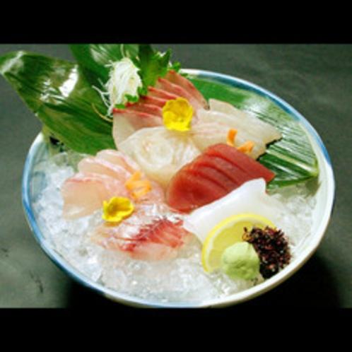 ★★★料理長厳選の新鮮魚介の彩り鮮やかなお造り