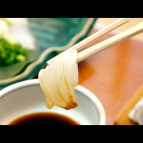 ★温泉津名物の特撰いか烏賊素麺をご堪能ください