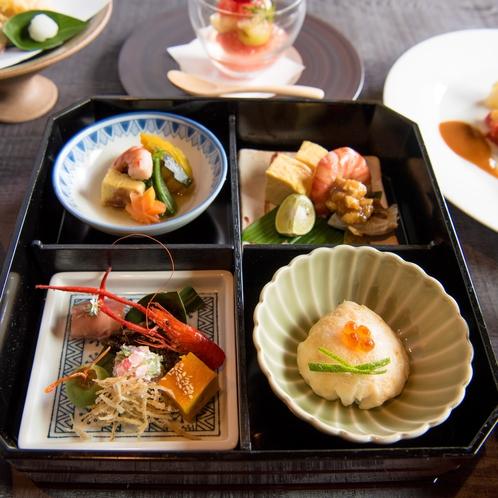 【ご夕食 一例】色鮮やかな、季節季節の旬菜をお楽しみください。