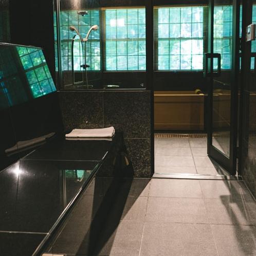 【サーマルルーム】各部屋に設置された、体温とほぼ同じ温度に保たれた体の免疫機能を高める空間です。
