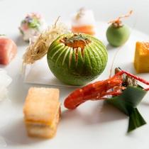 【前菜一例】付け合わせの野菜まで素材本来の味をお楽しみいただけます。