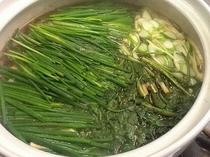 山菜イノシシ鍋