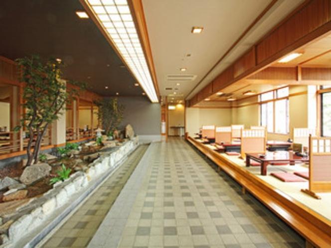 レストラン熊野川④