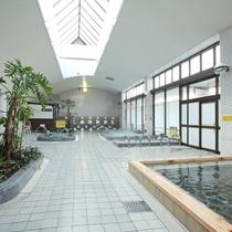 【大浴場】5分の入浴で血流が4倍にもなると言われている炭酸泉