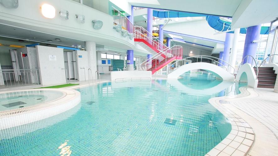 *【プール】屋内なので雨の日でも存分に楽しめます!