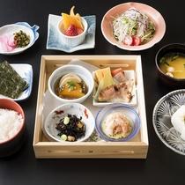 【朝食】料理一例 朝食も、地元の新鮮な食材を使用しています!