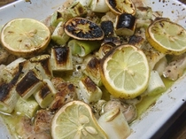 地鶏のレモン焼き