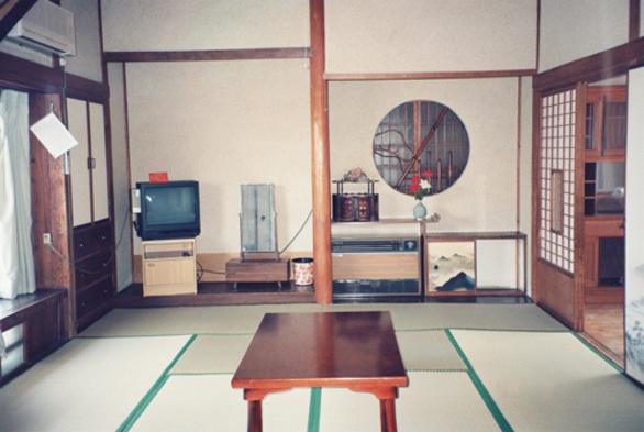 【連泊割引】地獄蒸し炊事ができる本館の十畳のお部屋に板の間が付いた和室