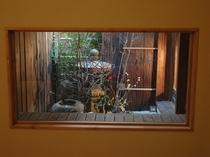 和室から坪庭