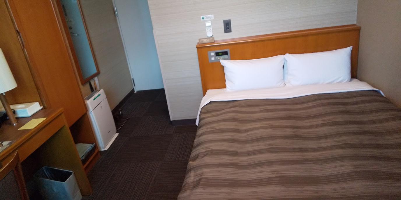 【セミダブル】140センチ幅のセミダブルベッドでリーズナブルにご宿泊いただけます