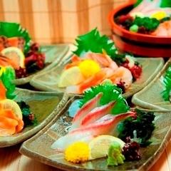 【お刺身】花々亭では、お食事はもちろん、ちょっと一杯♪もお楽しみいただけます。