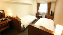 ■ツインルーム(シャワーブース付)21平米(ベッド幅110cm×205cm×2台)■