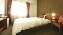 ■ダブルルーム15平米(ベッド幅139cm×205cm)■