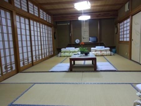 18畳のゆっくりゆったり広々和室