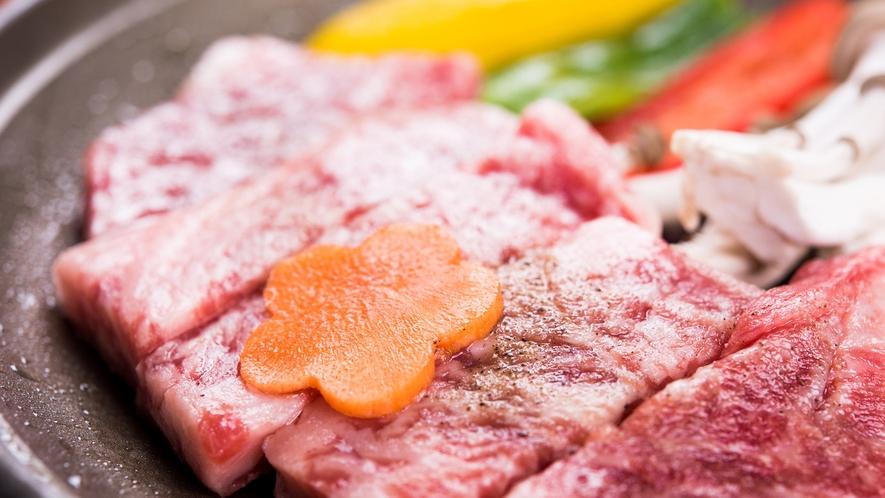 *夕食(一例):やわらか石垣牛