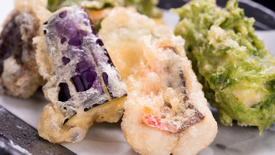 *夕食(一例):島野菜の天ぷら