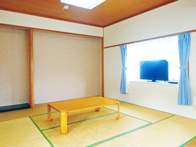 【和洋室メゾネットタイプ2F】和室部分はは6畳で、のんびりとお過ごしいただけます。
