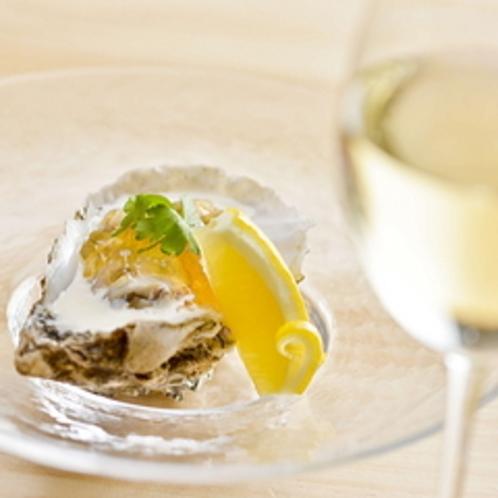 【ご夕食一例】〜旅の醍醐味の一つである食においても、「満足という癒し」を!〜