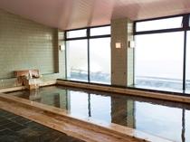 大浴場:檜内風呂