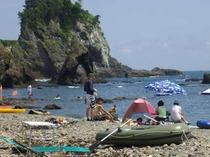 ★夏の磯ビーチ逢の浜です。無人島気分がたのしめます!