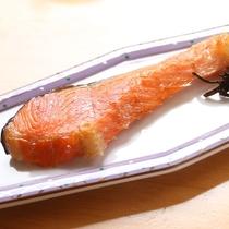 料理_朝食_鮭