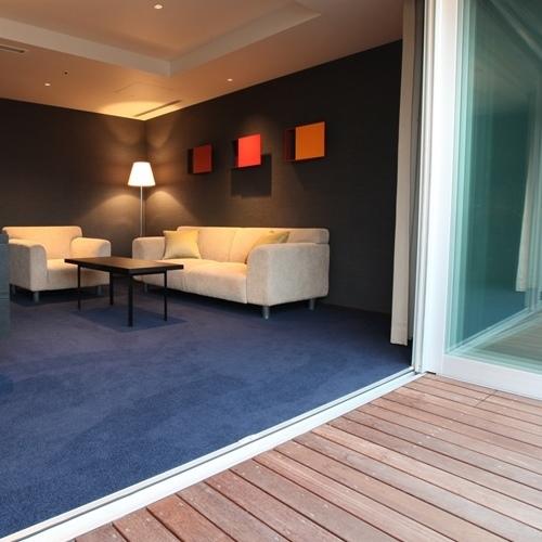 Suite バルコニー キング(48平米)