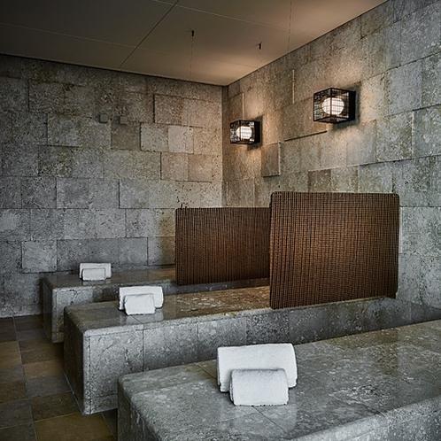 スパ温浴施設(風化珊瑚タイル岩盤浴)
