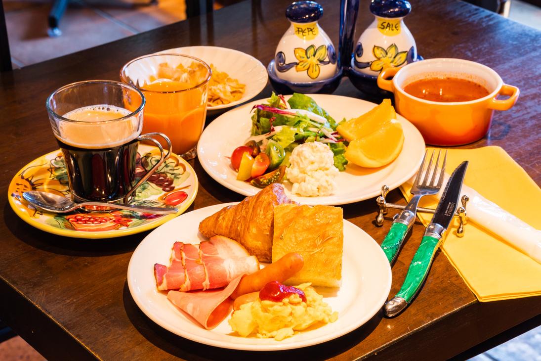 ダニエルズ アルバ(洋食レストラン)朝食の一例