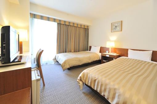 《禁煙》ツインルーム(18平米〜23平米)ベッド幅100cm