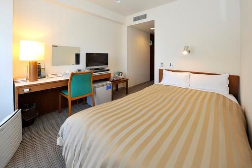 《禁煙》シングルルーム <ベッド幅120cm 14平米〜>
