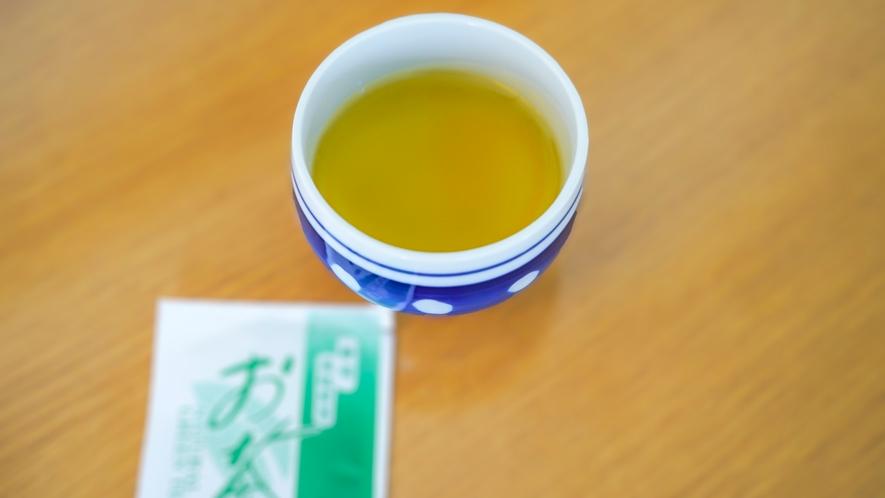 お部屋にお茶を用意するのが静岡流
