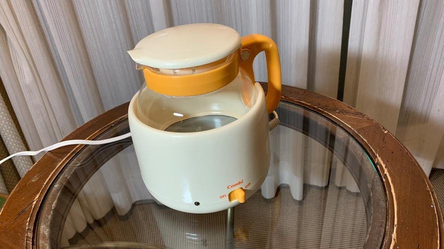 【お子様用無料貸出備品】調乳ポット (ミルクに最適な70度保温)