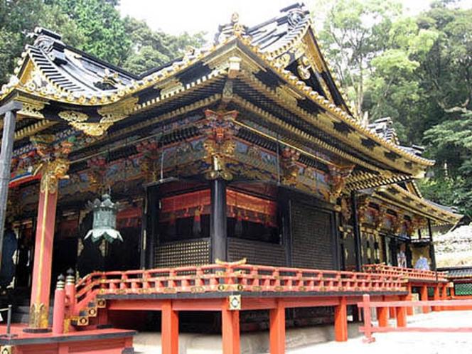 2010年10月に国宝に指定された【久能山東照宮】。これを機会に是非足を運ばれてはいかがでしょうか。