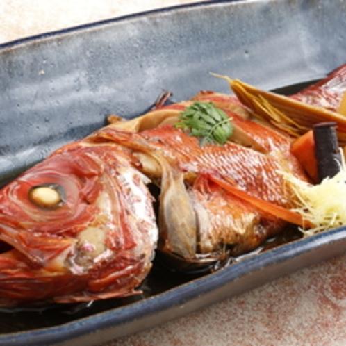 人気の創作コース料理に加え、金目鯛姿煮をご提供いたします (お2人様で1尾)