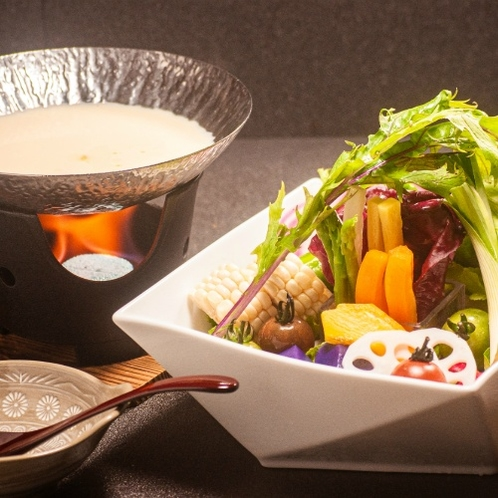 こだわり箱根高原野菜のベジ鍋