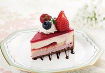 ロビーラウンジ クレイン ケーキ