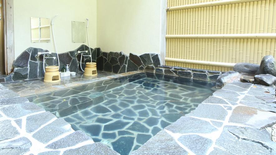 ◆露天風呂 広々、開放的な露天風呂。夜は星が見えるかも。