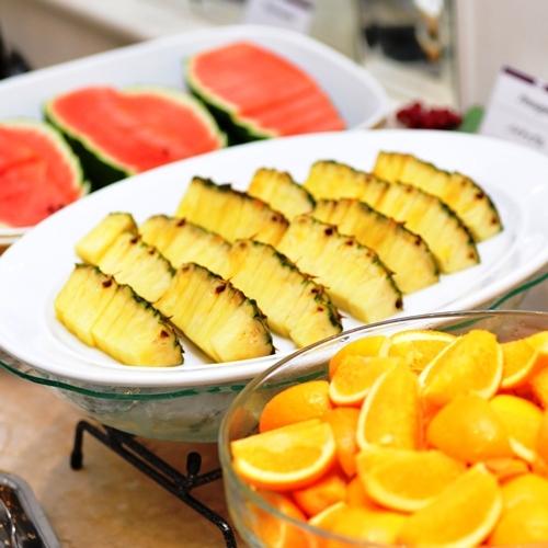 【朝食ビュッフェ】フレッシュフルーツ