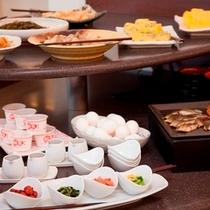 【朝食】メルキュールの朝食は和食も充実しています♪