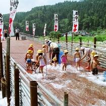 ◆【飛騨はぎわら観光ヤナ】飛騨川の落ちアユを手づかみして食事処で舌鼓