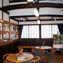 ◆【湯の街ギャラリーさんぽ道】県内の文化などを紹介する企画展示のほか、絵手紙の体験もできる