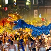 ◆【龍神火まつり】5頭の龍と椀みこしが勇壮に街を練り歩くまつり