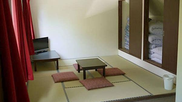 *【禁煙】和室6畳(バス・トイレ付)