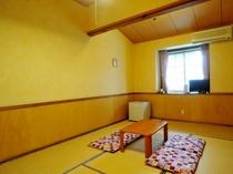 和室の一例、小さなお子様も安心のシンプル和室