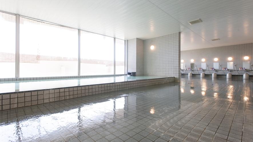 広々とした大浴場①