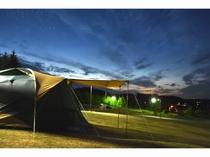 テントからの夜の景色