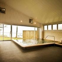 【大浴場】湯どころ「あったろう」からは海を見ることができます。