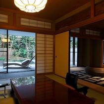 【ななかまど&らいらっく】しっとりとした趣の客室と開放感溢れるバルコニーで豊かなひとときを。