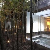 はまなす_竹林と客室露天風呂