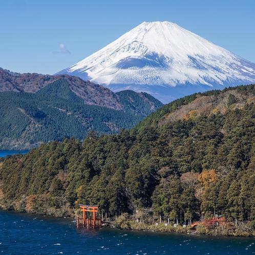 富士山と芦ノ湖